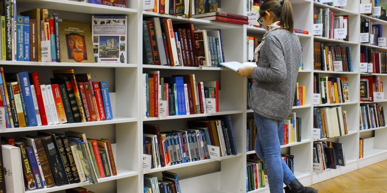 Finance Books You Can't Help but Read in College